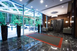 """Photo 3: 206 3355 BINNING Road in Vancouver: University VW Condo for sale in """"Binning Tower"""" (Vancouver West)  : MLS®# R2348141"""