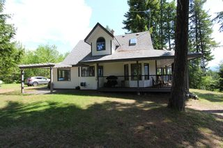 Photo 2: 6095 Squilax Anglemomt Road in Magna Bay: North Shuswap House for sale (Shuswap)