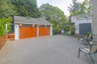 Photo 30: 2717 Roseberry Ave in : Vi Oaklands House for sale (Victoria)  : MLS®# 875406
