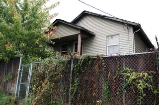 Photo 4: 1032 CLARK Drive in Vancouver: Grandview Woodland House for sale (Vancouver East)  : MLS®# R2625799