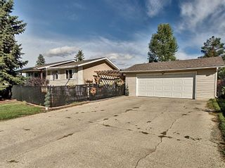 Photo 2: 111 Windermere Drive: Spruce Grove House for sale : MLS®# E4263606