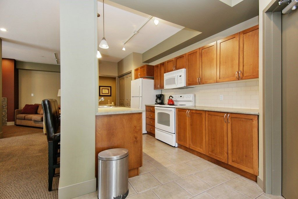 """Photo 23: Photos: 107 33318 E BOURQUIN Crescent in Abbotsford: Central Abbotsford Condo for sale in """"Natures Gate"""" : MLS®# R2499999"""