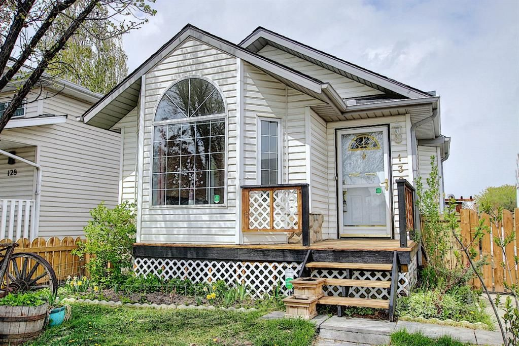 Main Photo: 132 Mt Allan Circle SE in Calgary: McKenzie Lake Detached for sale : MLS®# A1110317