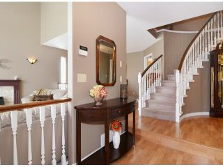 """Photo 2: 21341 87B Avenue in Langley: Walnut Grove House for sale in """"Forest Hills"""" : MLS®# F1407480"""