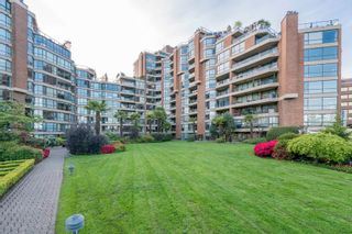 "Photo 6: 209 1470 PENNYFARTHING Drive in Vancouver: False Creek Condo for sale in ""HARBOUR COVE"" (Vancouver West)  : MLS®# R2268174"