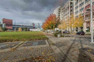Photo 19: 210 1616 COLUMBIA STREET in : False Creek Condo for sale (Vancouver West)  : MLS®# R2324677