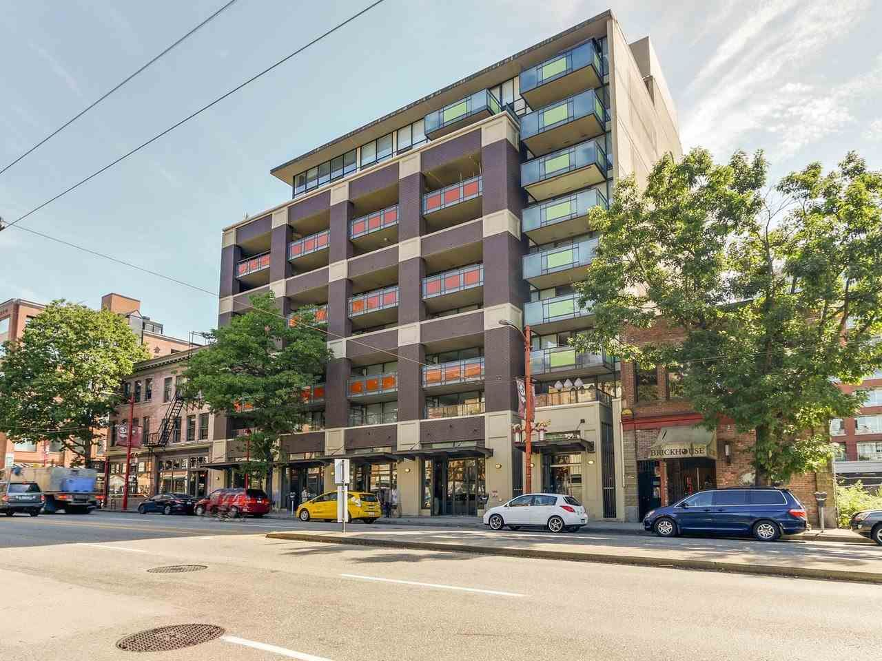 """Main Photo: 509 718 MAIN Street in Vancouver: Mount Pleasant VE Condo for sale in """"GINGER"""" (Vancouver East)  : MLS®# R2185070"""