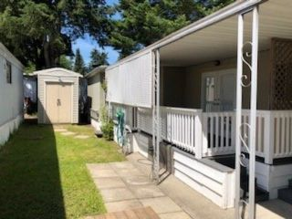 Photo 4: 191 7790 KING GEORGE Boulevard in Surrey: Bear Creek Green Timbers Manufactured Home for sale : MLS®# R2523849