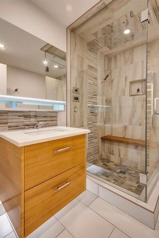Photo 18: 2101 1088 6 Avenue SW in Calgary: Downtown West End Apartment for sale : MLS®# A1102804