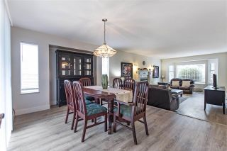 Photo 4: 15888 101A Avenue in Surrey: Guildford House for sale (North Surrey)  : MLS®# R2399116
