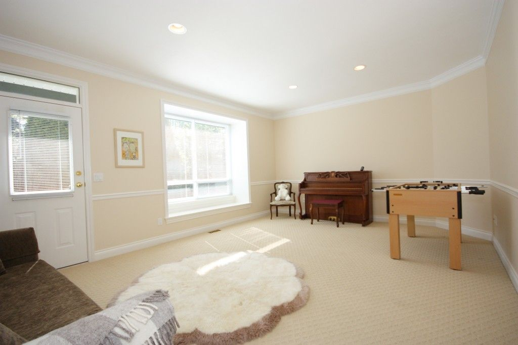 Photo 12: Photos: 2292 137 Street in Surrey: Elgin Chantrell House for sale (South Surrey White Rock)  : MLS®# F1311873
