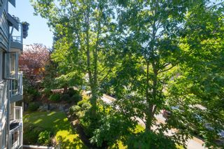 Photo 19: 304 1687 Poplar Ave in : SE Mt Tolmie Condo for sale (Saanich East)  : MLS®# 879801