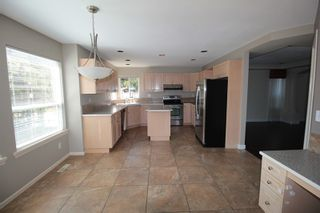 """Photo 5: 21902 46A Avenue in Langley: Murrayville House for sale in """"Murrayville"""" : MLS®# R2202471"""