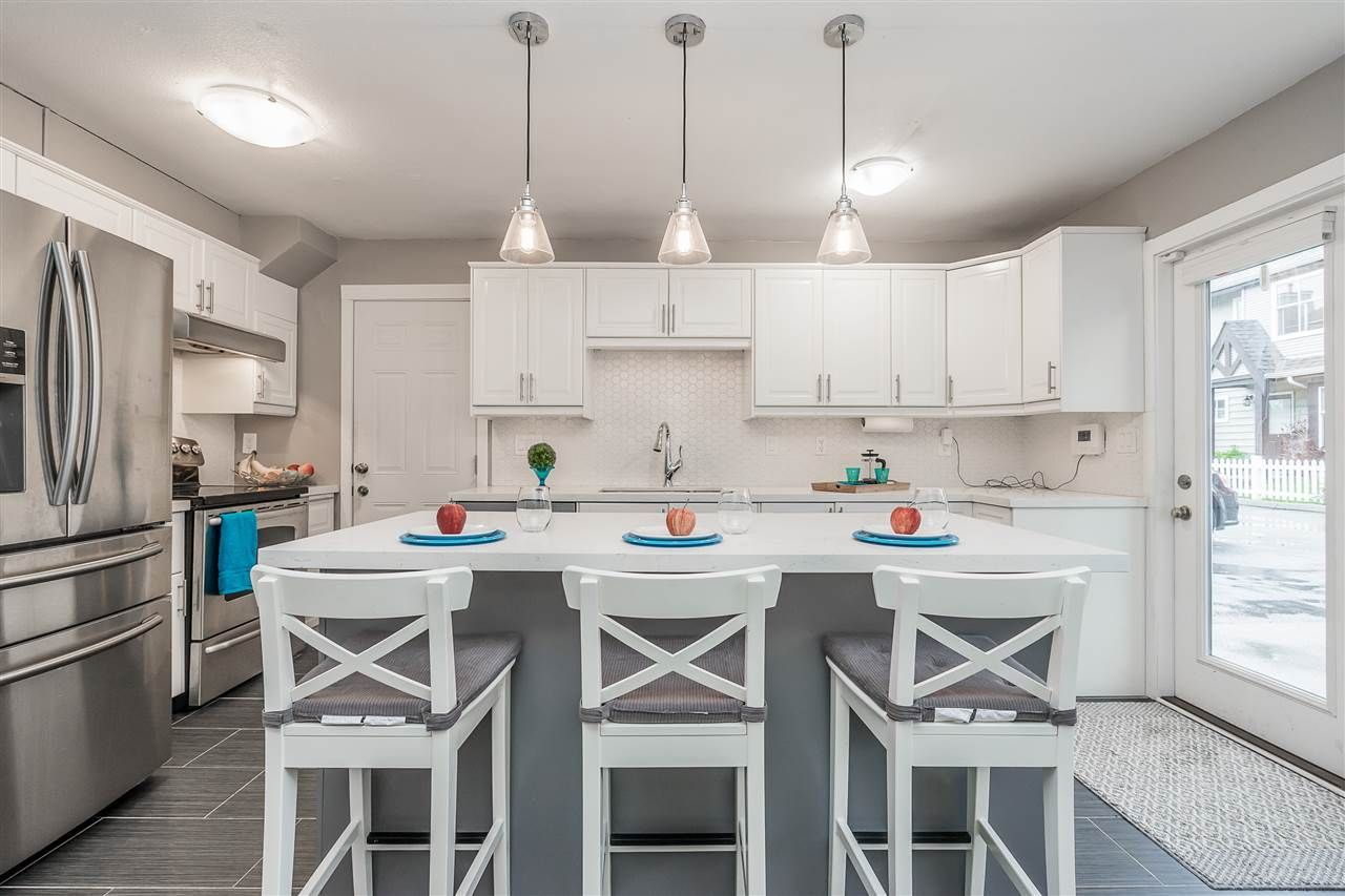 """Main Photo: 92 12099 237 Street in Maple Ridge: East Central Townhouse for sale in """"GABRIOLA"""" : MLS®# R2359196"""