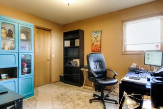 Photo 19: 45 Riverside Crescent SE in Calgary: Riverbend Detached for sale : MLS®# A1091376