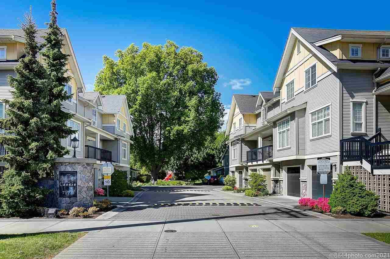 """Main Photo: 12 7171 STEVESTON Highway in Richmond: Broadmoor Townhouse for sale in """"Cassis"""" : MLS®# R2584700"""