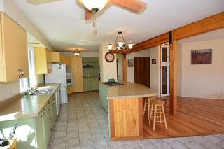 Photo 6: 200 LAIDLAW Road in Smithers: Smithers - Rural House for sale (Smithers And Area (Zone 54))  : MLS®# R2453029