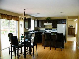 Photo 2: 20833 95A Avenue in Langley: Walnut Grove House for sale : MLS®# F1439182