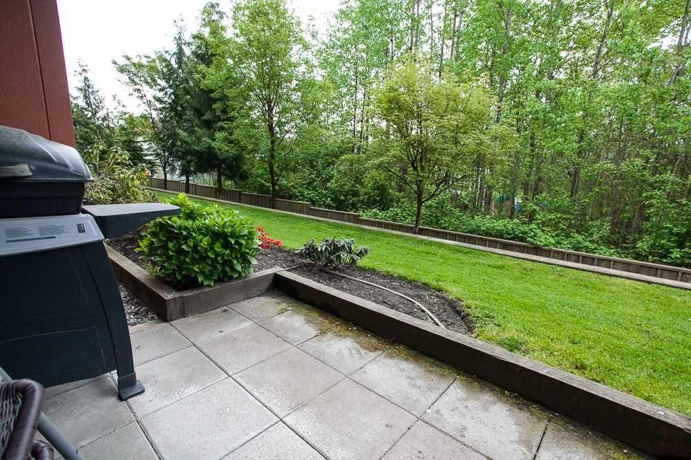 "Main Photo: 106 12075 228 Street in Maple Ridge: East Central Condo for sale in ""RIO"" : MLS®# R2058586"