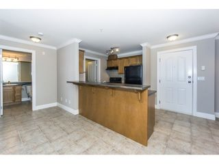 "Photo 3: 212 45769 STEVENSON Road in Sardis: Sardis East Vedder Rd Condo for sale in ""PARK PLACE I"" : MLS®# R2342316"