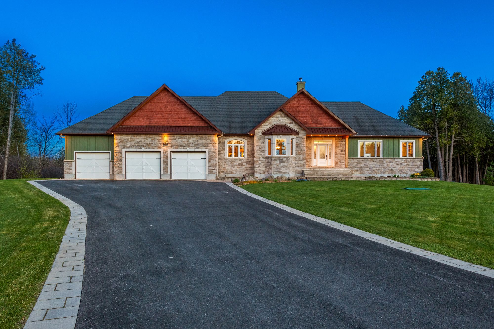 Main Photo: 6614 BLOSSOM TRAIL Drive in Greely: House for sale : MLS®# 1238476