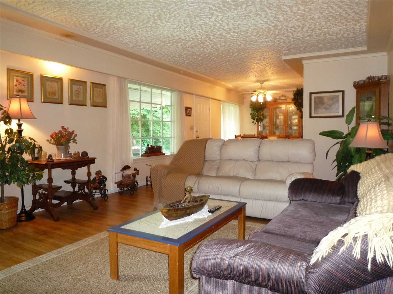 Photo 4: Photos: 1636 VIMY Road: Agassiz House for sale : MLS®# R2056781