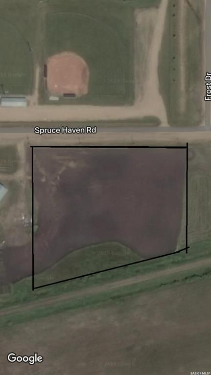 Main Photo: 211 Spruce Haven Road in Melfort: Commercial for sale : MLS®# SK841855
