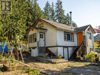 Photo 2: 6834 CRANBERRY STREET in Powell River: House for sale : MLS®# 16131