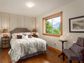 "Photo 16: 210 FURRY CREEK Drive: Furry Creek House for sale in ""FURRY CREEK"" (West Vancouver)  : MLS®# R2286105"