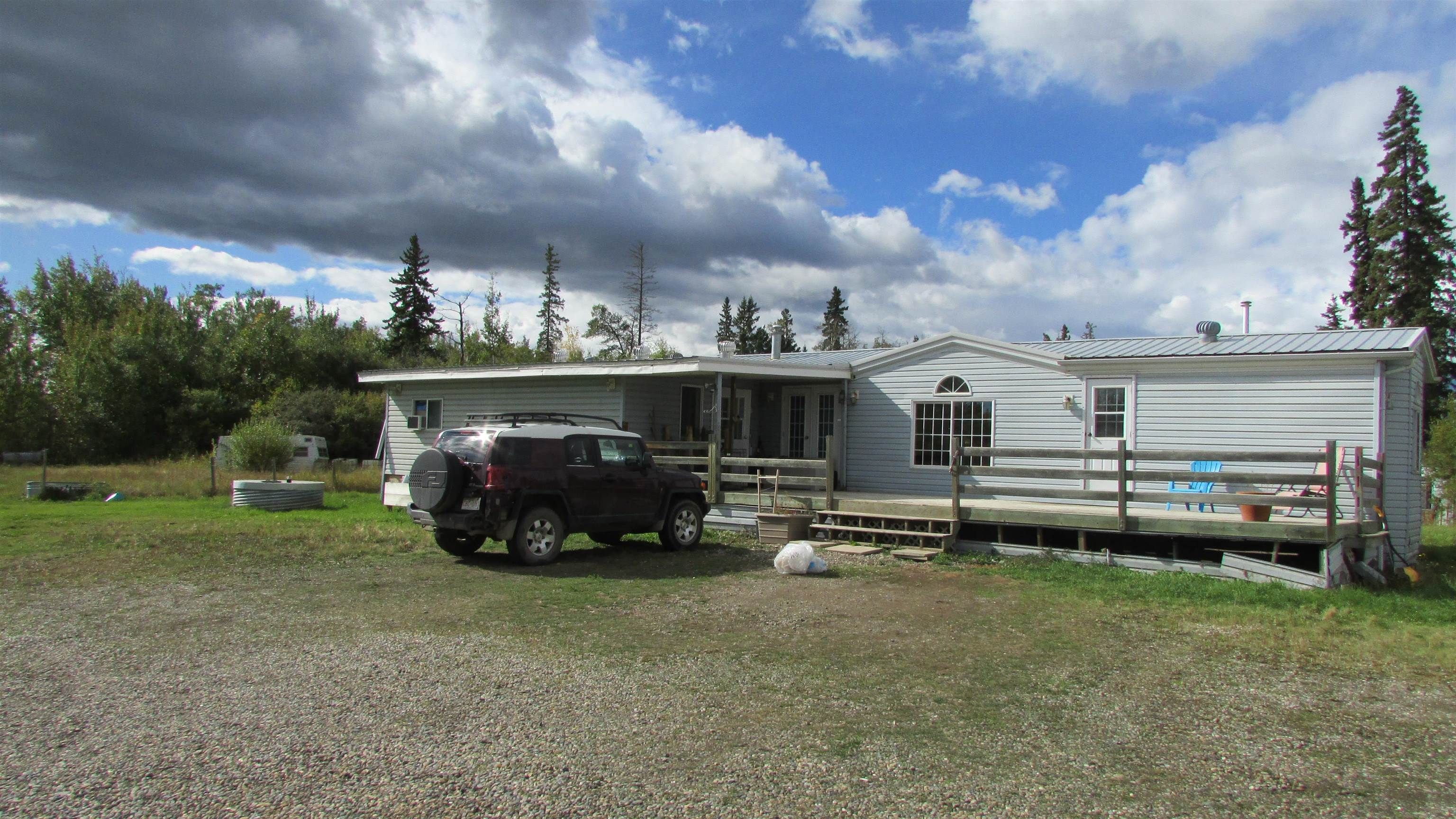 """Main Photo: 9512 259 Road in Fort St. John: Fort St. John - Rural E 100th Manufactured Home for sale in """"SWANSON LUMBER ROAD"""" (Fort St. John (Zone 60))  : MLS®# R2618672"""