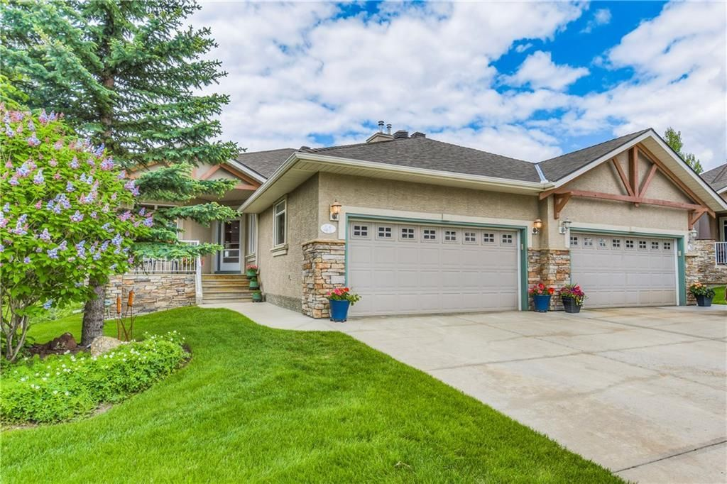 Main Photo: 41 DISCOVERY WOODS Villa(s) SW in Calgary: Discovery Ridge House for sale : MLS®# C4190003
