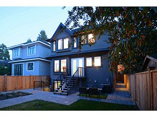 Photo 2: 4553 W 14TH Avenue in Vancouver: Point Grey House for sale (Vancouver West)  : MLS®# V1093670
