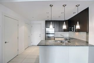 Photo 7: 705 788 12 Avenue SW in Calgary: Beltline Apartment for sale : MLS®# A1145977