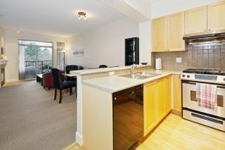 Photo 9: 220 2280 WESBROOK Mall in Vancouver: University VW Condo for sale (Vancouver West)  : MLS®# R2049379