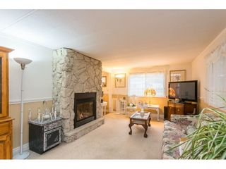 """Photo 14: 280 1840 160 Street in Surrey: King George Corridor Manufactured Home for sale in """"BREAKAWAY BAYS"""" (South Surrey White Rock)  : MLS®# R2517093"""