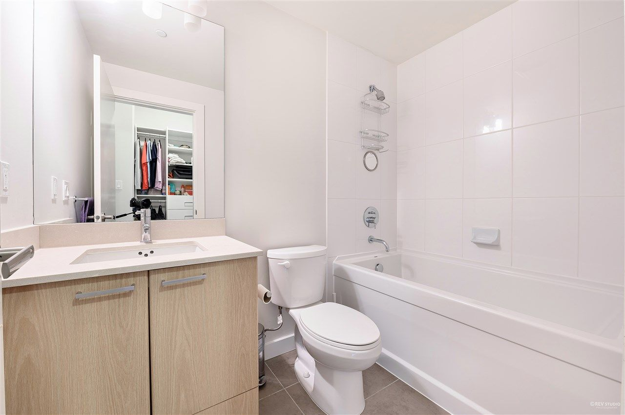 Photo 14: Photos: 2103 2789 SHAUGHNESSY Street in Port Coquitlam: Central Pt Coquitlam Condo for sale : MLS®# R2488534