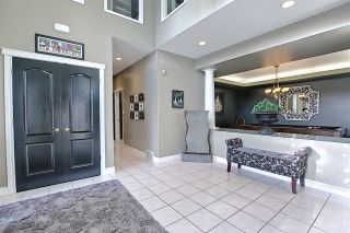 Photo 4: 112 Castle Keep in Edmonton: Zone 27 House for sale : MLS®# E4229489