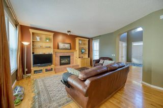 Photo 12: 323 Discovery Place SW in Calgary: Discovery Ridge Detached for sale : MLS®# A1141184