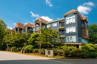 "Photo 1: 406 3065 PRIMROSE Lane in Coquitlam: North Coquitlam Condo for sale in ""LAKESIDE TERRACE"" : MLS®# R2381965"