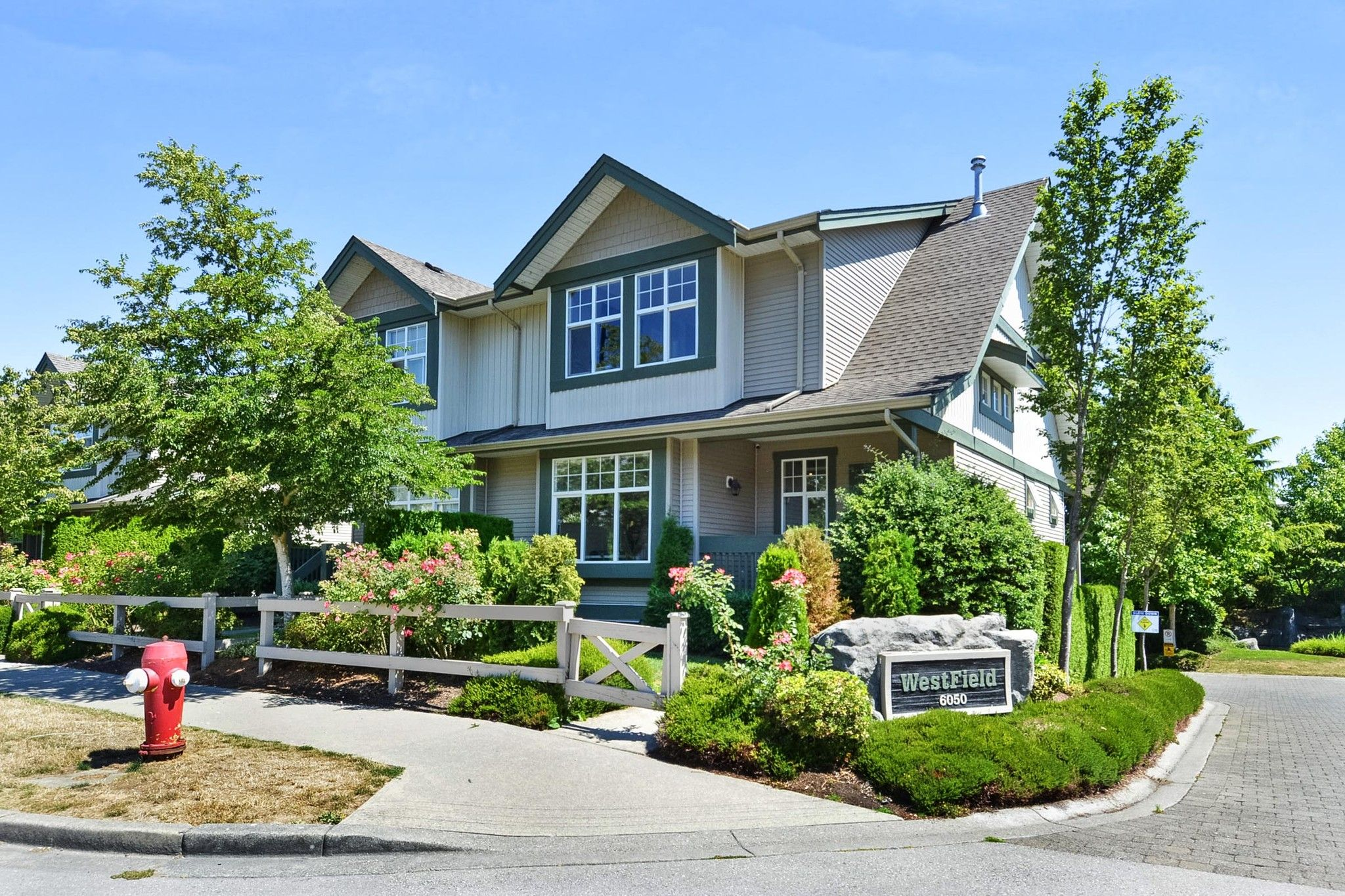 "Main Photo: 1 6050 166 Street in Surrey: Cloverdale BC Townhouse for sale in ""WESTFIELD"" (Cloverdale)  : MLS®# R2291538"