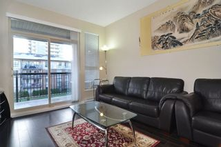 Photo 3: 307 1150 KENSAL Place in Coquitlam: New Horizons Condo for sale : MLS®# R2226865