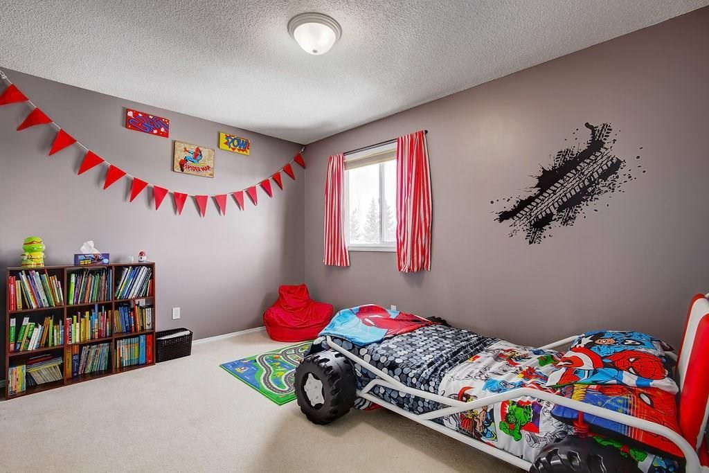Photo 19: Photos: 32 INVERNESS Boulevard SE in Calgary: McKenzie Towne House for sale : MLS®# C4175544