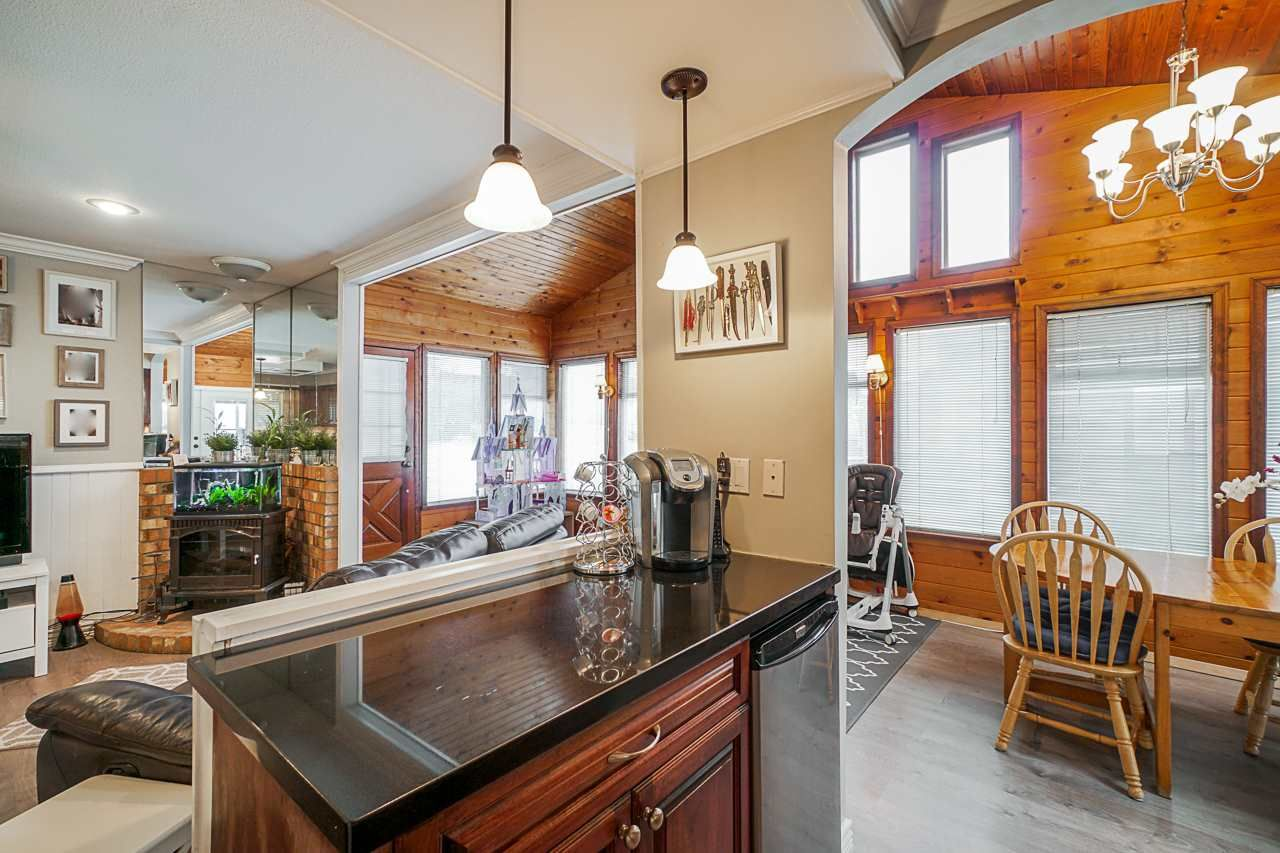 """Photo 22: Photos: 6240 STEVESTON Highway in Richmond: Gilmore House for sale in """"WESTWIND GREENHOUSES"""" : MLS®# R2510505"""