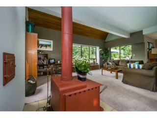 Photo 2: 5 MCNAIR BAY Road in Port Moody: Barber Street House for sale : MLS®# V1133212