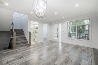 Photo 8: 1082 E 49TH Avenue in Vancouver: South Vancouver House for sale (Vancouver East)  : MLS®# R2592632