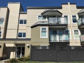 "Photo 2: 309 1850 E SOUTHMERE Crescent in Surrey: Sunnyside Park Surrey Condo for sale in ""Southmere Place"" (South Surrey White Rock)  : MLS®# R2531604"