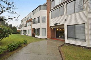 "Photo 1: 203 32097 TIMS Avenue in Abbotsford: Abbotsford West Condo for sale in ""HEATHER COURT"" : MLS®# R2573764"