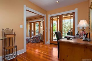 Photo 12: 117 Bushby St in : Vi Fairfield West House for sale (Victoria)  : MLS®# 583020
