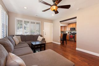 Photo 3: SAN DIEGO House for sale : 3 bedrooms : 6109 Thorn