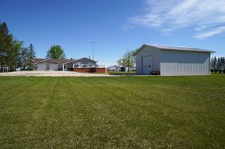 Photo 48: 66063 Road 33 W in Portage la Prairie RM: House for sale : MLS®# 202113607